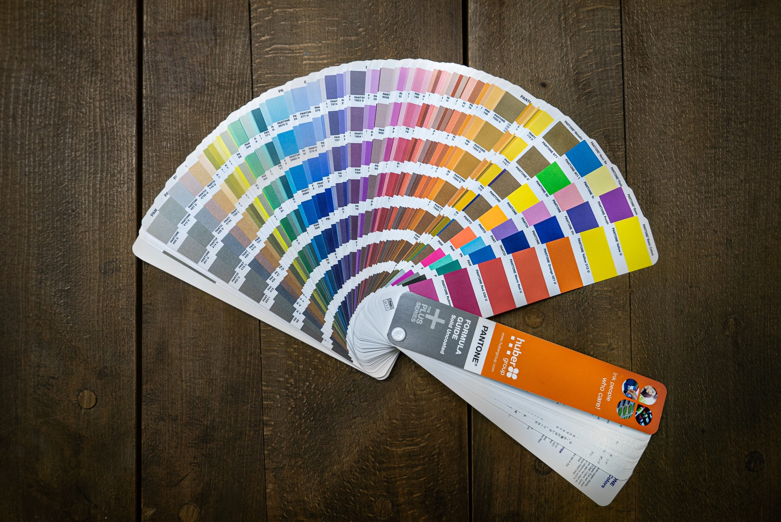 9 Tips for Picking the Perfect Color Scheme